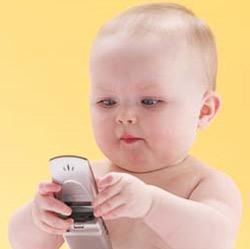 Ребенок и мобильный телефон