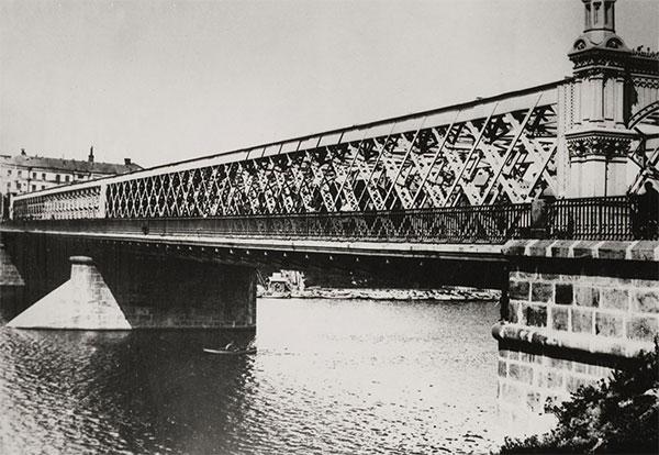 Крымский мост. Фото Н. Грановского (1920-е годы)