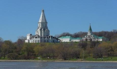 Вознесенская площадь в Коломенском